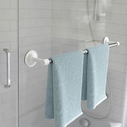 Rangement coin douche et baignoire