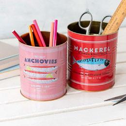 Rangement crayons et accessoires - pots, boîtes
